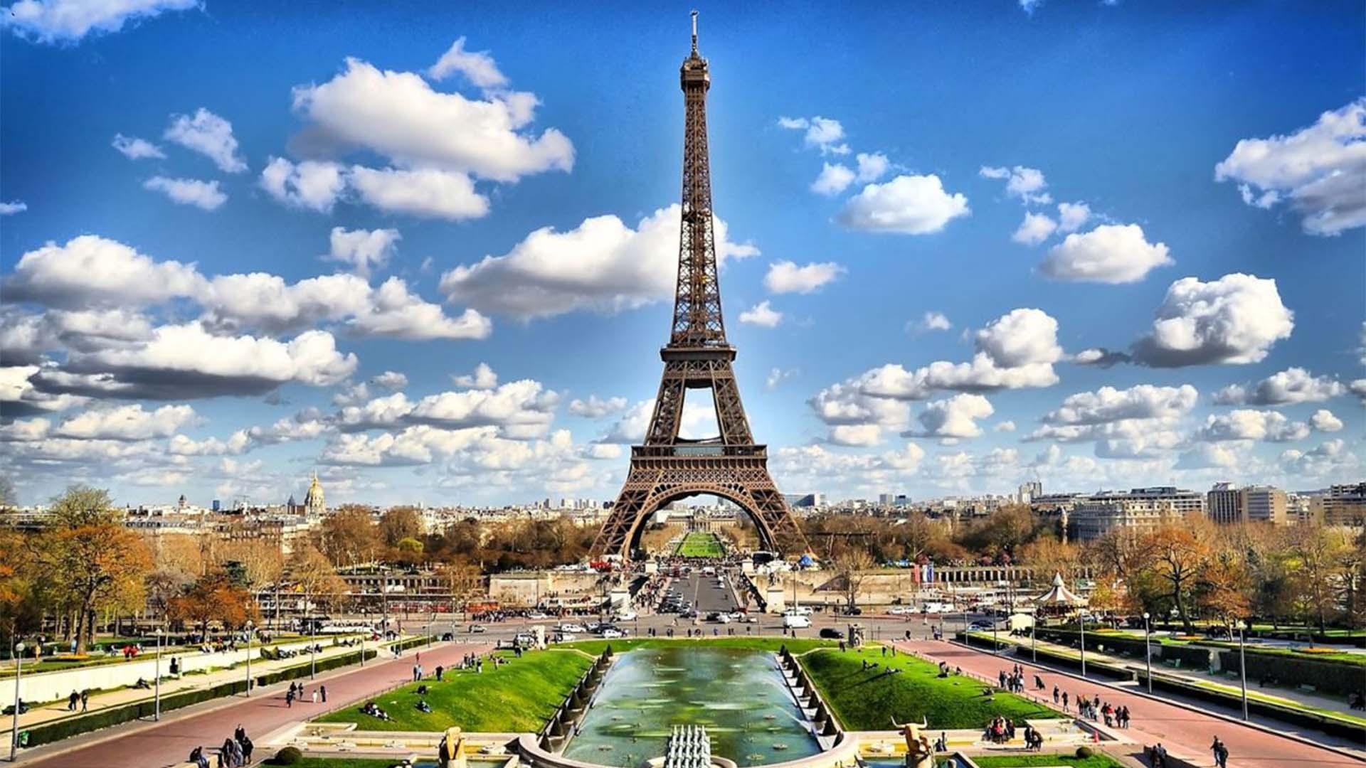 หอไอเฟล สิ่งก่อสร้างที่ดังที่สุดในโลก สัญลักษณ์ของประเทศฝรั่งเศส