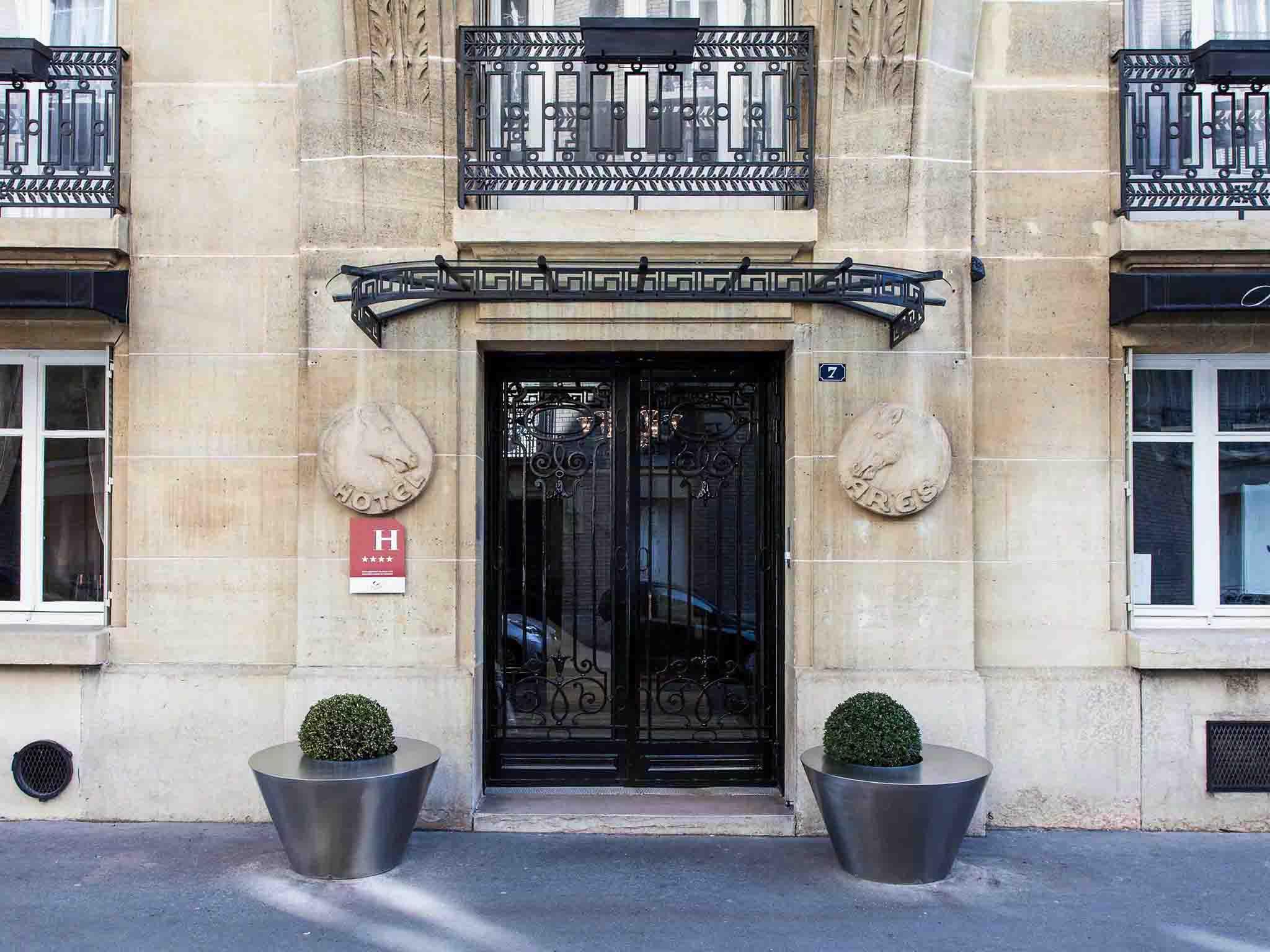 http://Hotel%20Ares%20Eiffel%20–%20โรงแรมหรูหราสไตล์บูติกในปารีส