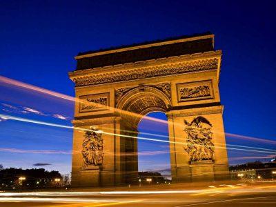 สถานที่ท่องเที่ยวในเมืองปารีส