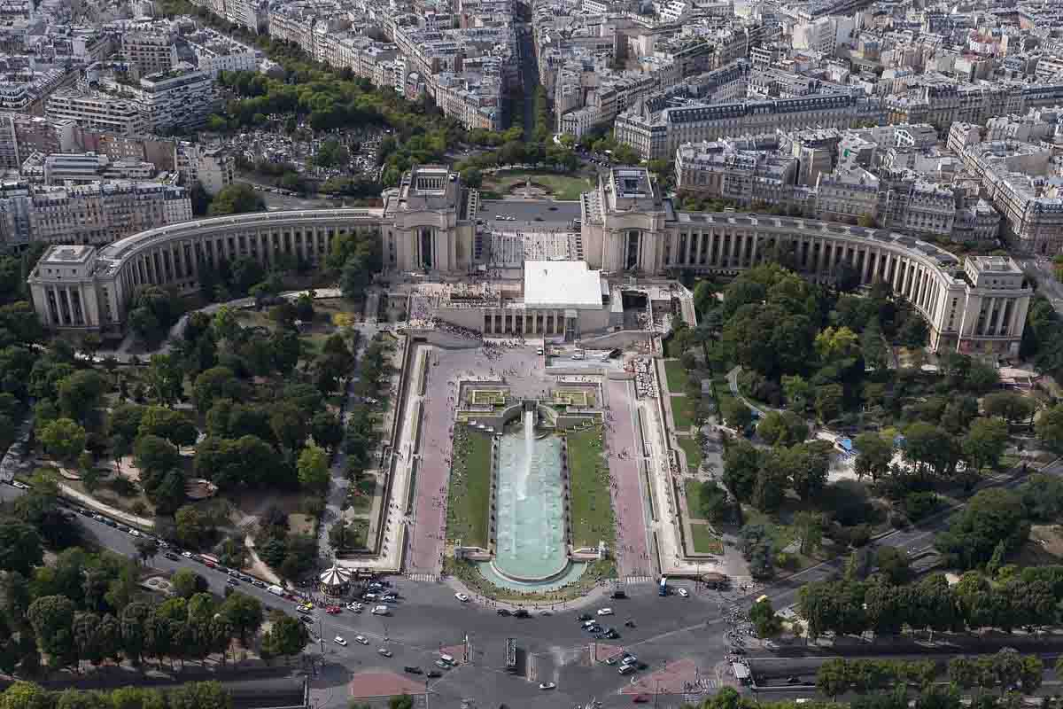 Palais_de_Chaillot_Review
